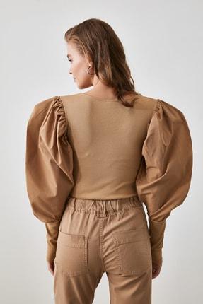 TRENDYOLMİLLA Camel Kol Detaylı Çıtçıtlı Örme Body TWOAW21BD0016 3
