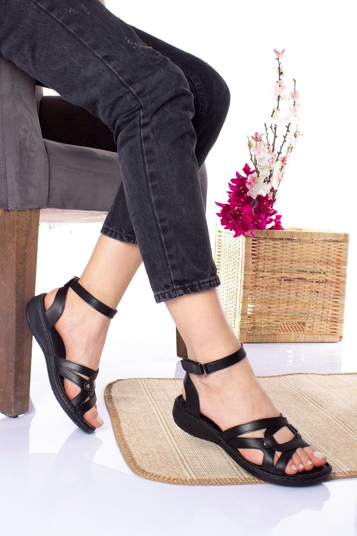 epaavm Kadın Siyah Ped Içi Deri Alçak Taban Sandalet