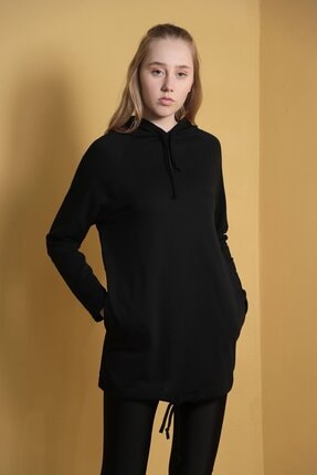 Carlamia Kadın Siyah Kapüşonlu Eteği Bağcıklı Sweatshirt 1