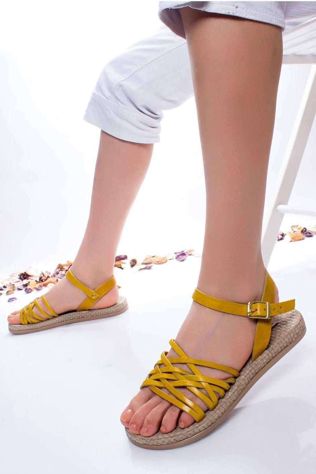 Radikal Kadın Sarı Carine Hakiki Deri Sandalet