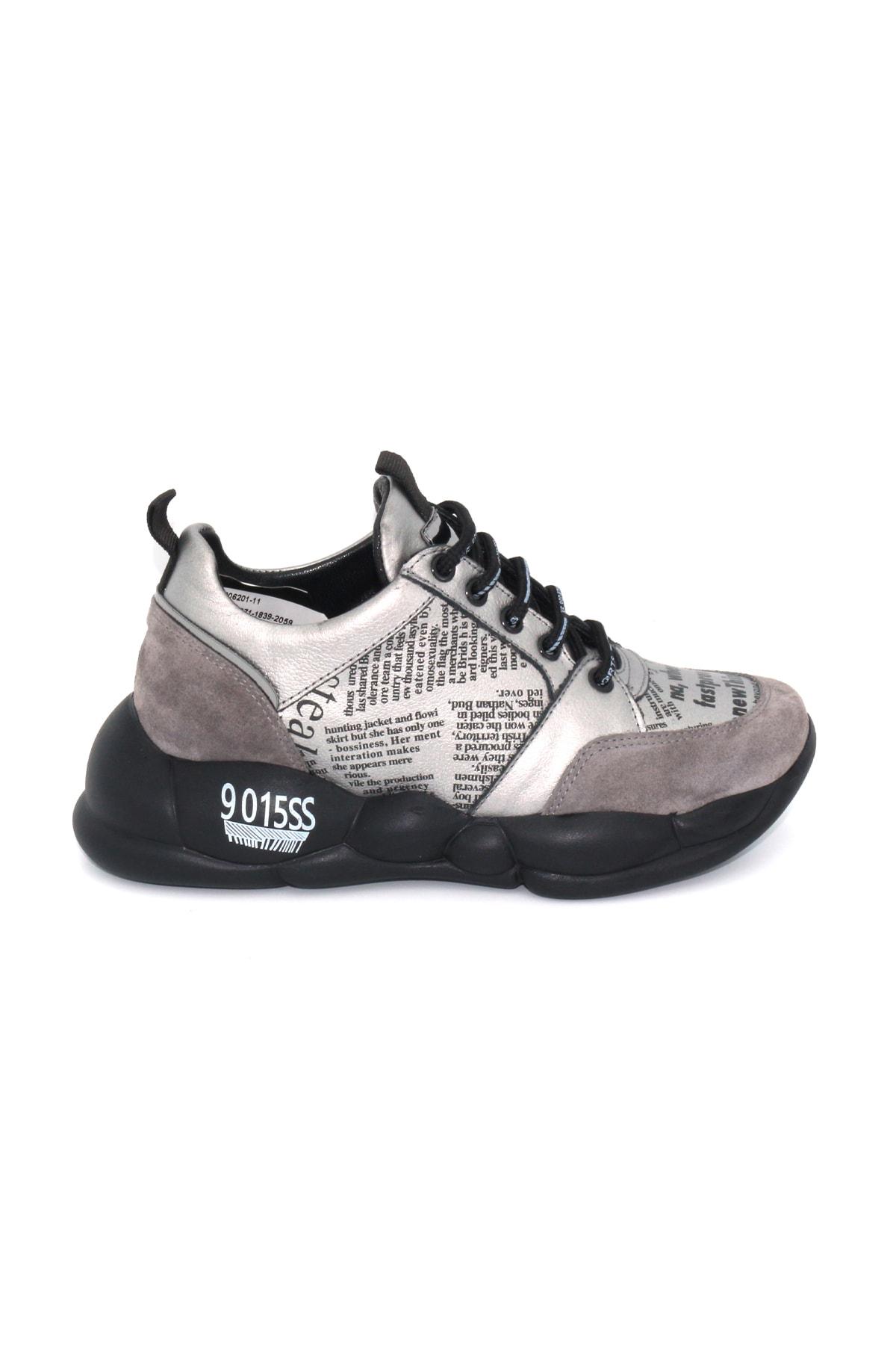 Bestello Kadın Siyah Bağcıklı Ayakkabı