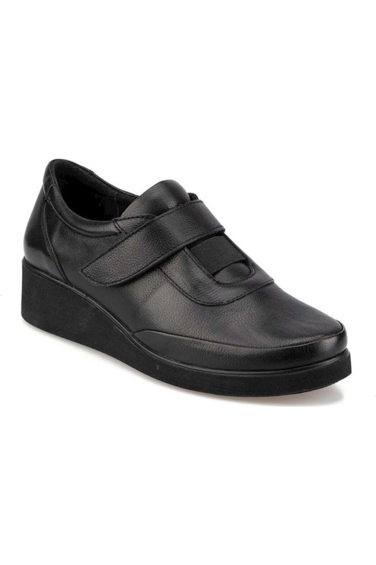 Polaris Kadın Siyah Deri Ortopedik Ayakkabı