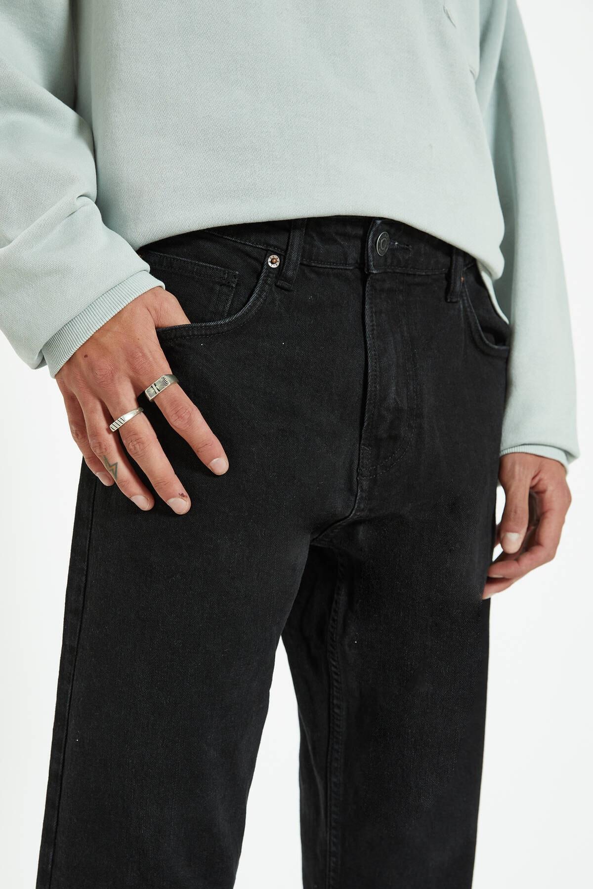 Pull & Bear Erkek Siyah Regular Comfort Fit Jean 09683540 4