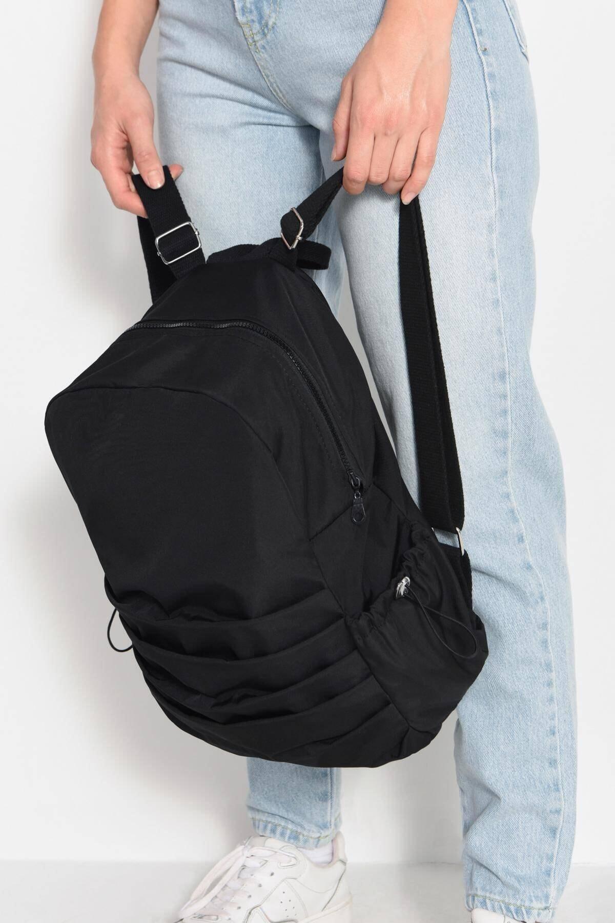 Addax Kadın Siyah Büzgü Detaylı Çanta Ç10928 -F7 ADX-0000023076 1