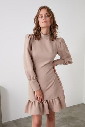 TRENDYOLMİLLA Vizon Dik Yaka Volanlı Elbise TWOAW21EL1816 0