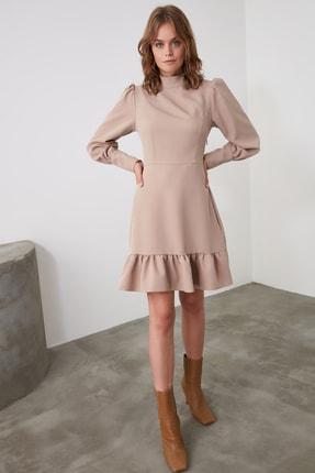 TRENDYOLMİLLA Vizon Dik Yaka Volanlı Elbise TWOAW21EL1816 1