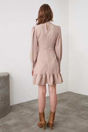 TRENDYOLMİLLA Vizon Dik Yaka Volanlı Elbise TWOAW21EL1816 4