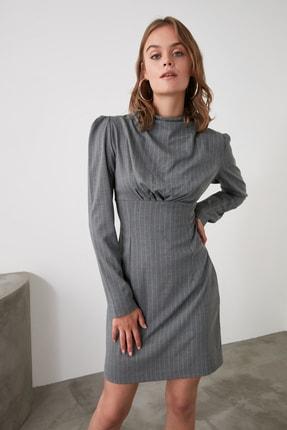 TRENDYOLMİLLA Gri Yaka Detaylı Elbise TWOAW21EL1595 0
