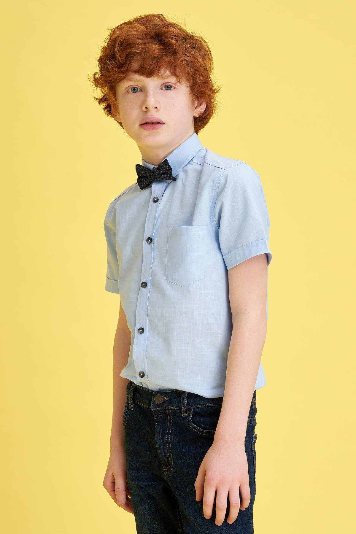 Defacto Erkek Çocuk Mavi Papyonlu Keten Görünümlü Kısa Kollu Gömlek 1