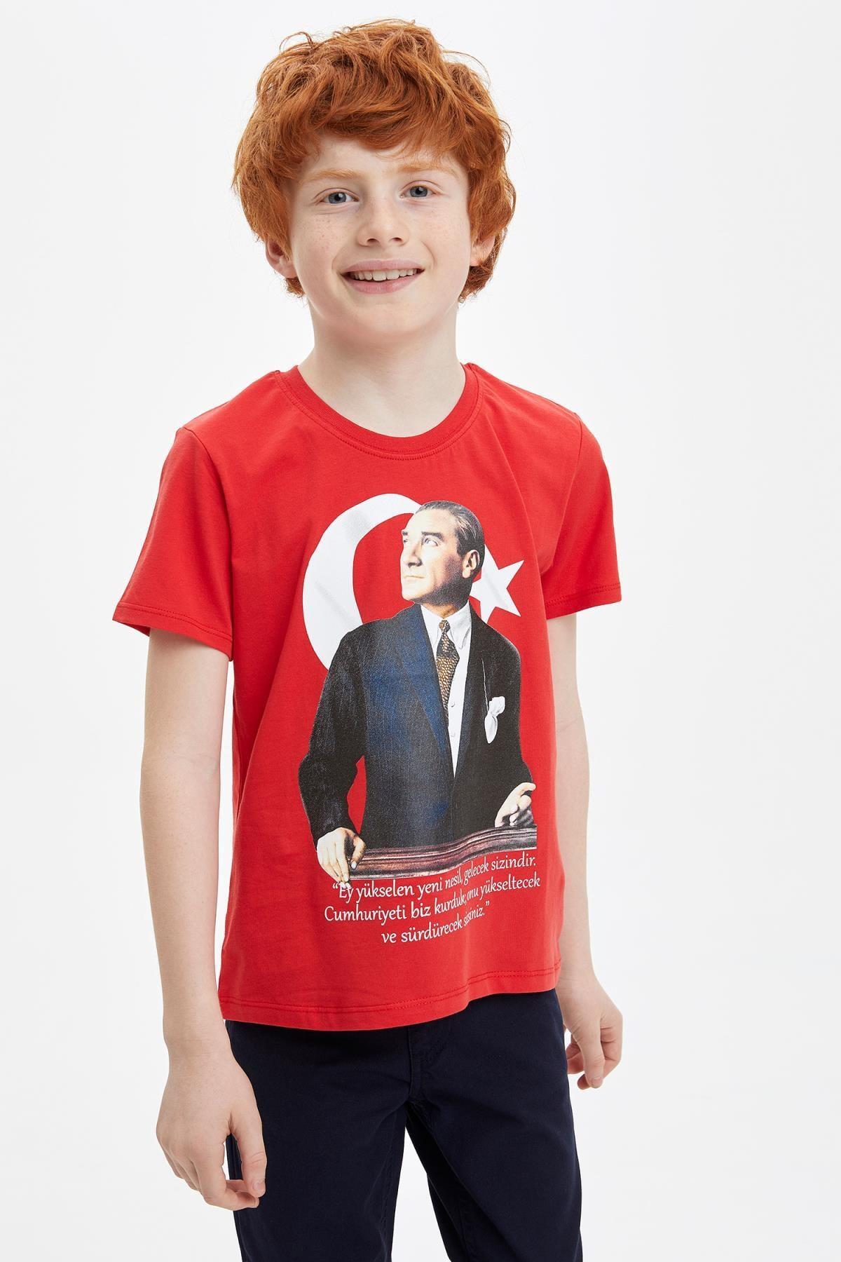 Defacto 23 Nisan Atatürk Baskılı Kısa Kollu T-shirt 0