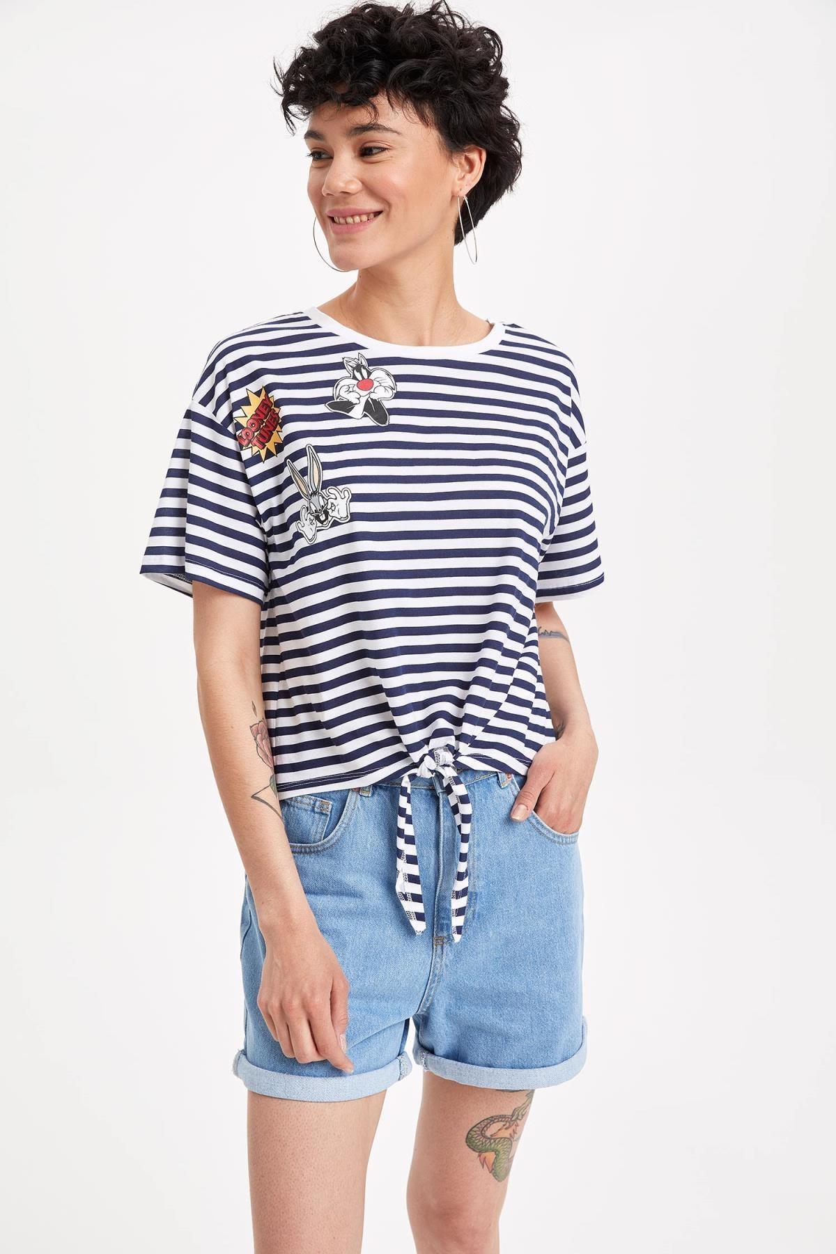 Defacto Kadın Çivit Mavisi Warner Bros Lisanslı Relax Fit T-shirt K9038AZ.19SM.IN95 0