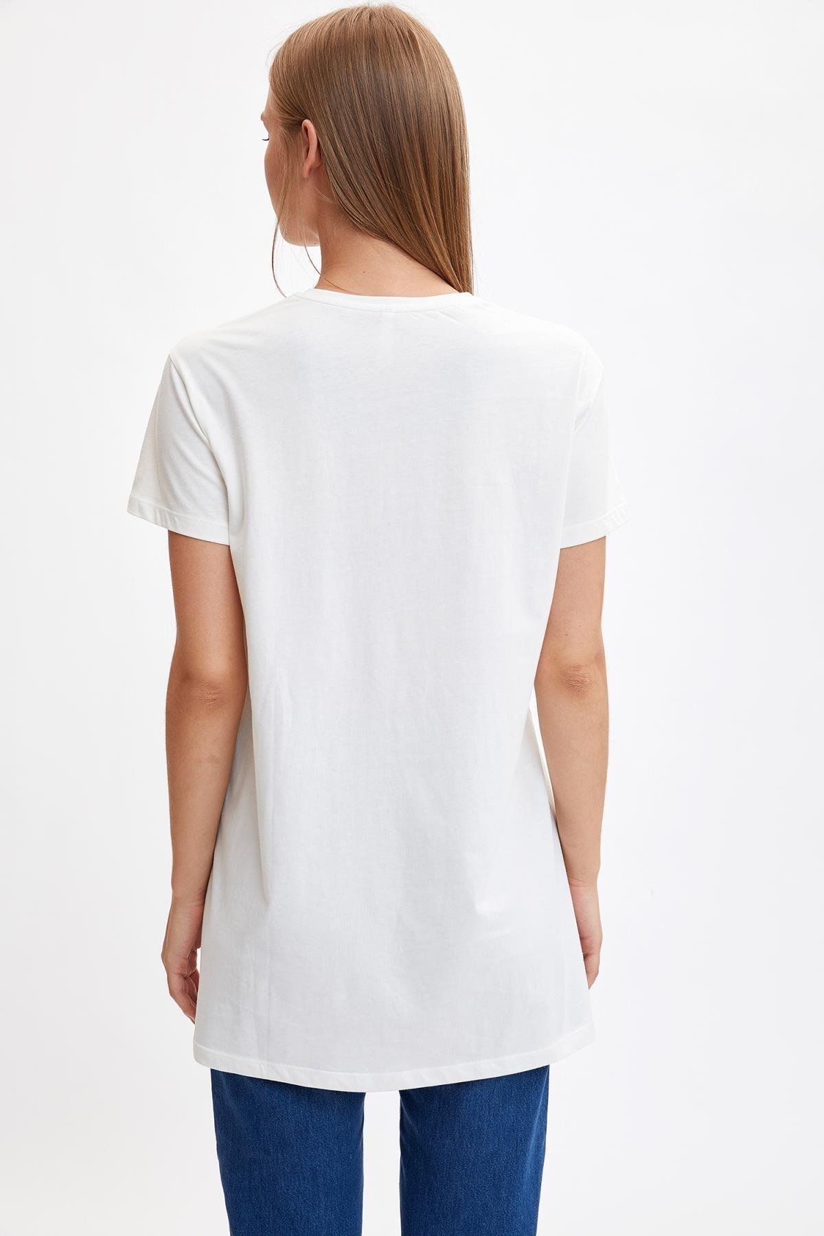 Defacto Kadın Modest Ekru Baskılı Uzun T-shirt M0131AZ.19HS.ER105 3