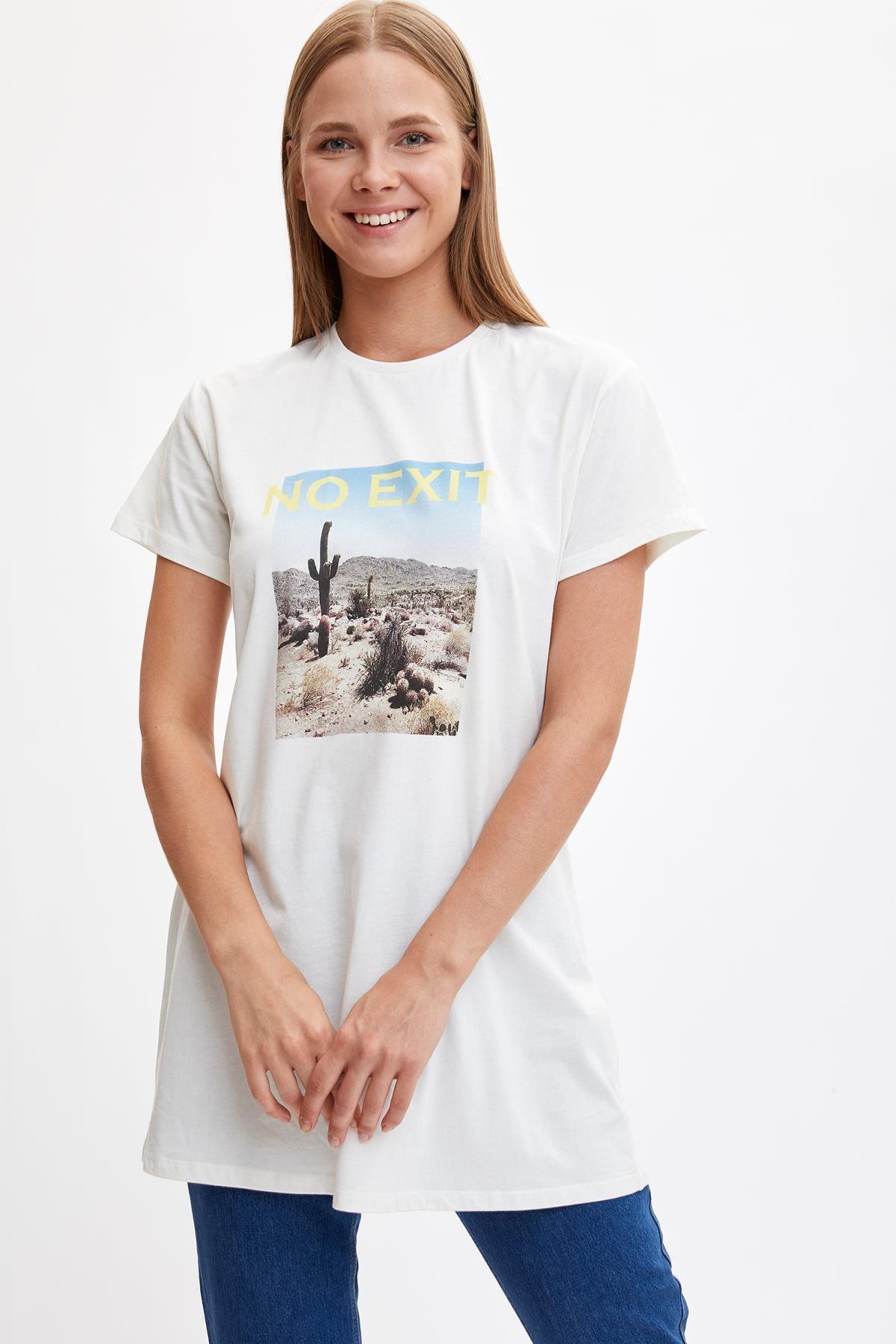 Defacto Kadın Modest Ekru Baskılı Kısa Kollu Uzun T-shirt M0127AZ.19HS.ER105 2