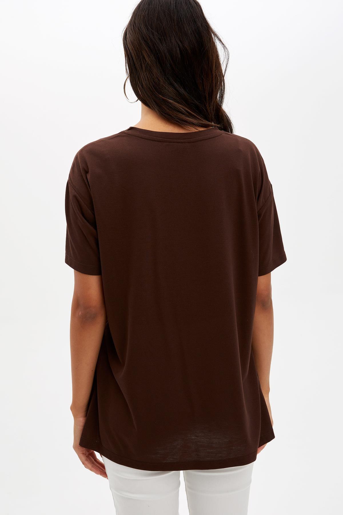 Defacto Kadın Kahverengi Baskılı Regular Fit T-Shirt M1868AZ.19AU.BN45 3