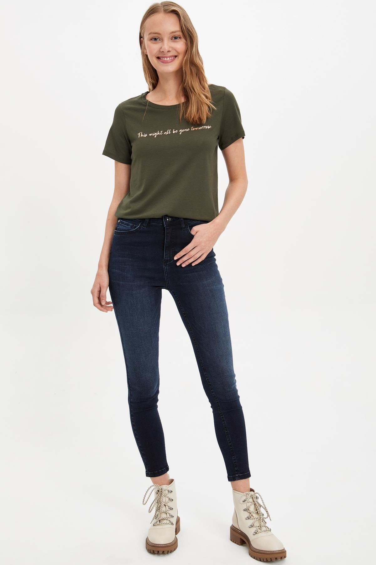 Defacto Kadın Haki Kısa Kollu T-shirt L6533AZ.19AU.KH211 1