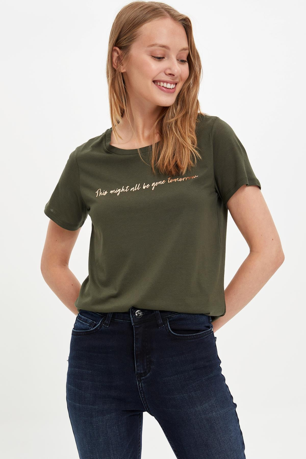 Defacto Kadın Haki Kısa Kollu T-shirt L6533AZ.19AU.KH211 3