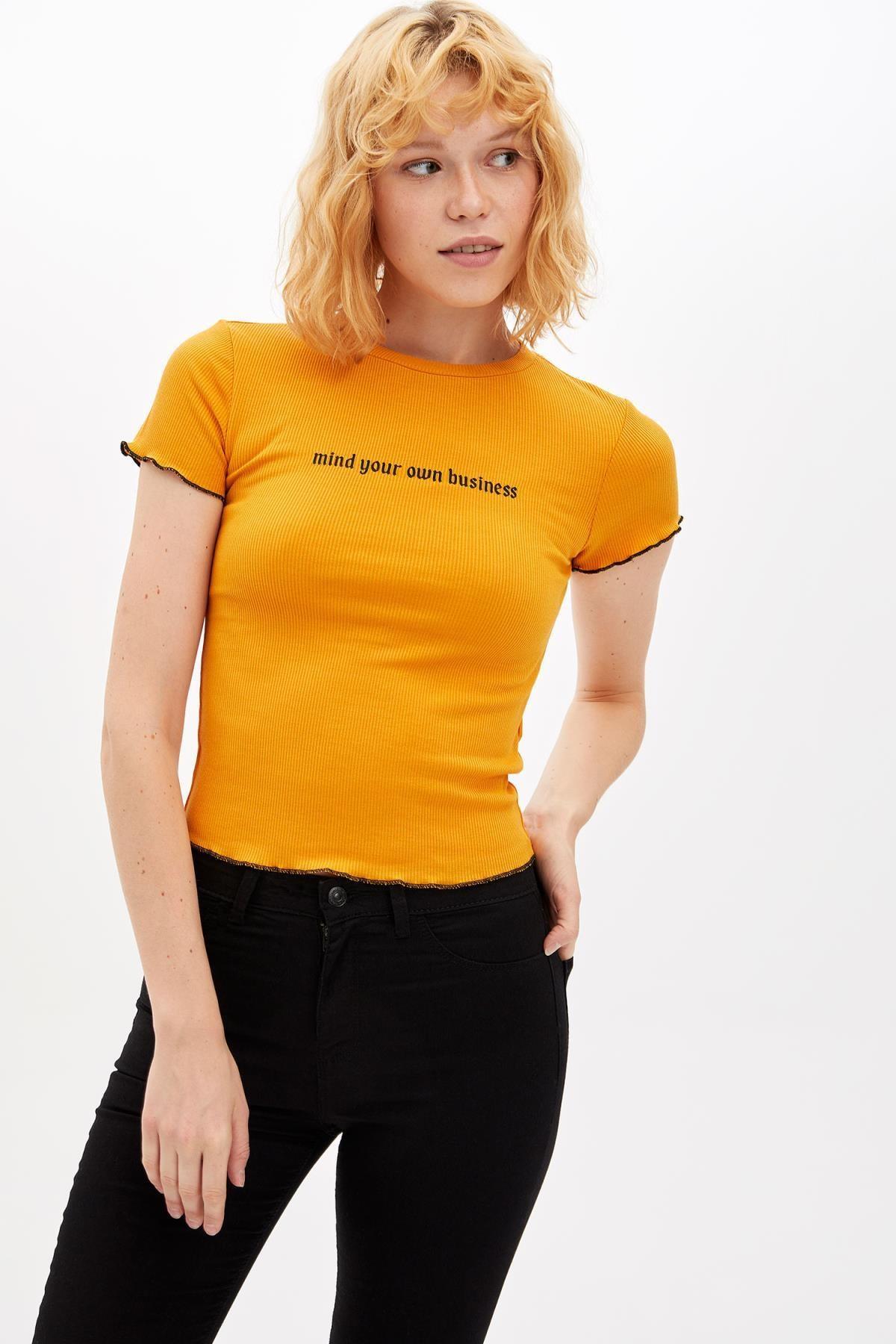 Defacto Kadın Sarı Slim Fit Yazı Baskılı Kısa Kollu T-shirt M0203AZ.19AU.YL349 2