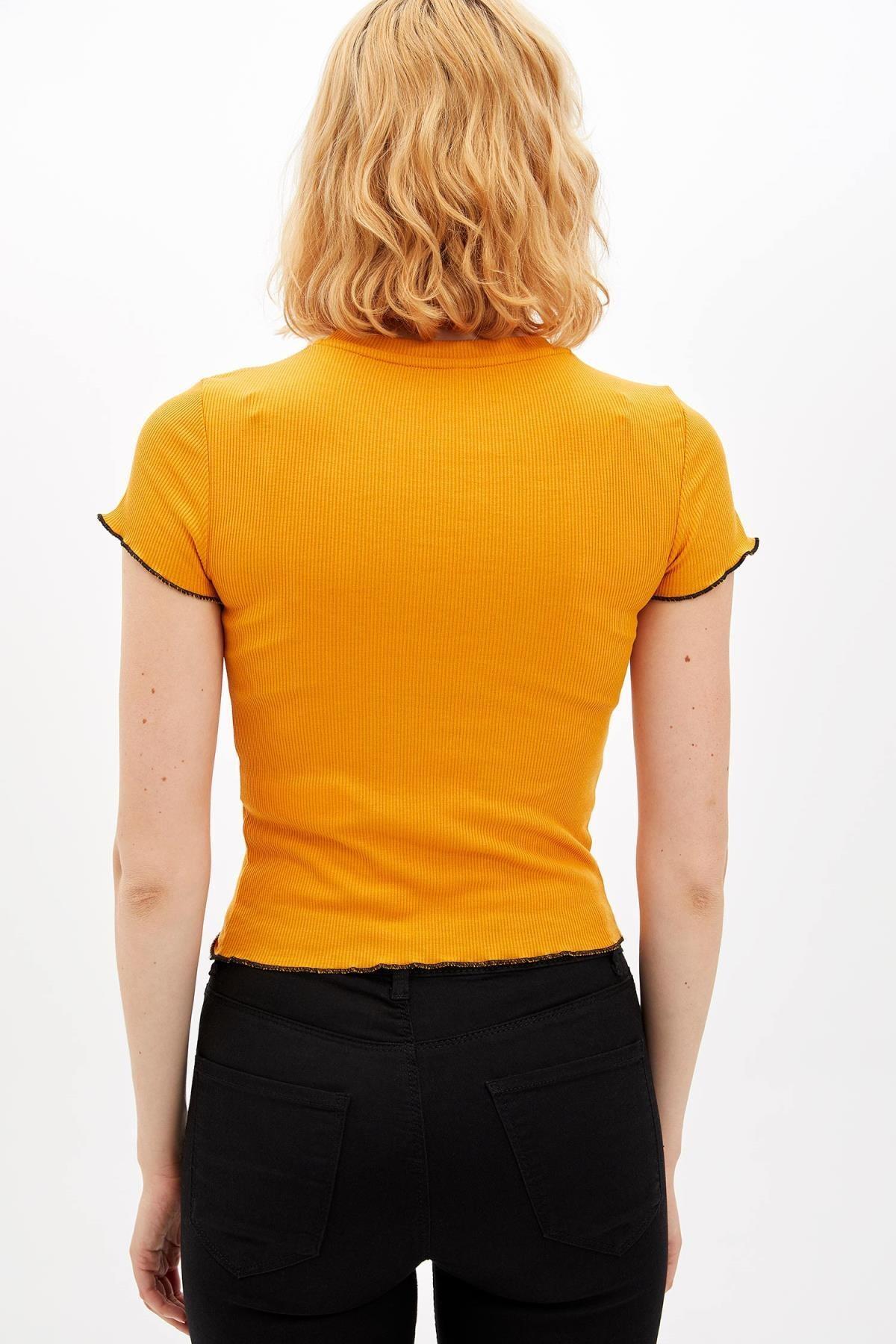 Defacto Kadın Sarı Slim Fit Yazı Baskılı Kısa Kollu T-shirt M0203AZ.19AU.YL349 4