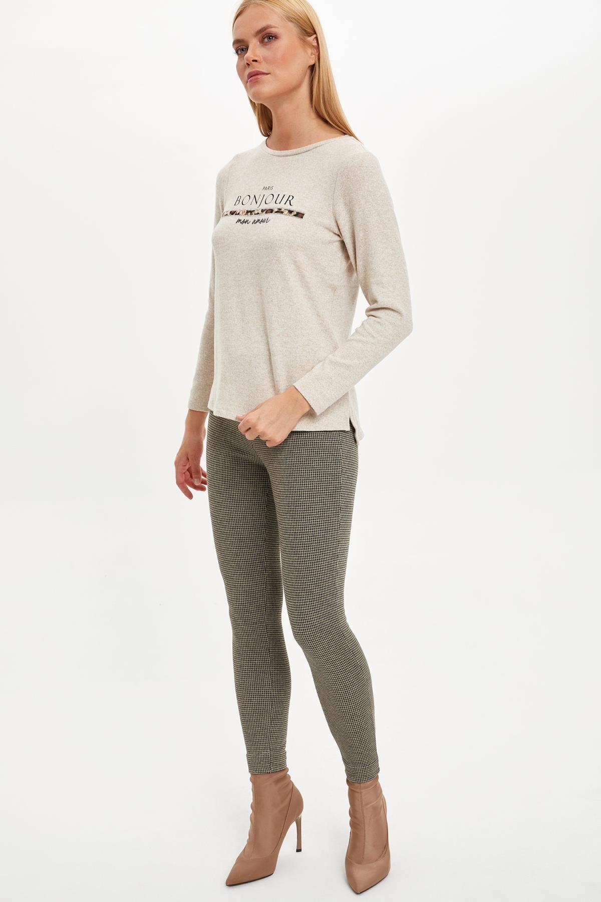 Defacto Kadın Bej Yazı Baskılı Uzun Kollu T-Shirt M3886AZ.19WN.BG336 1