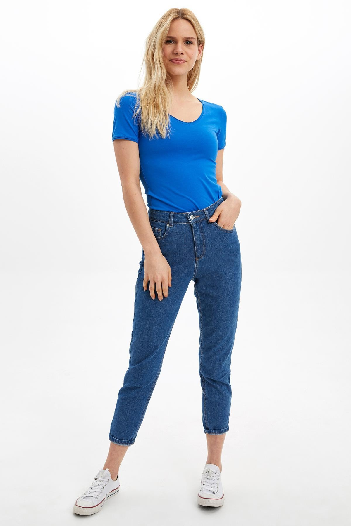 Defacto Kadın Mavi V Yaka Basic T-Shirt 1