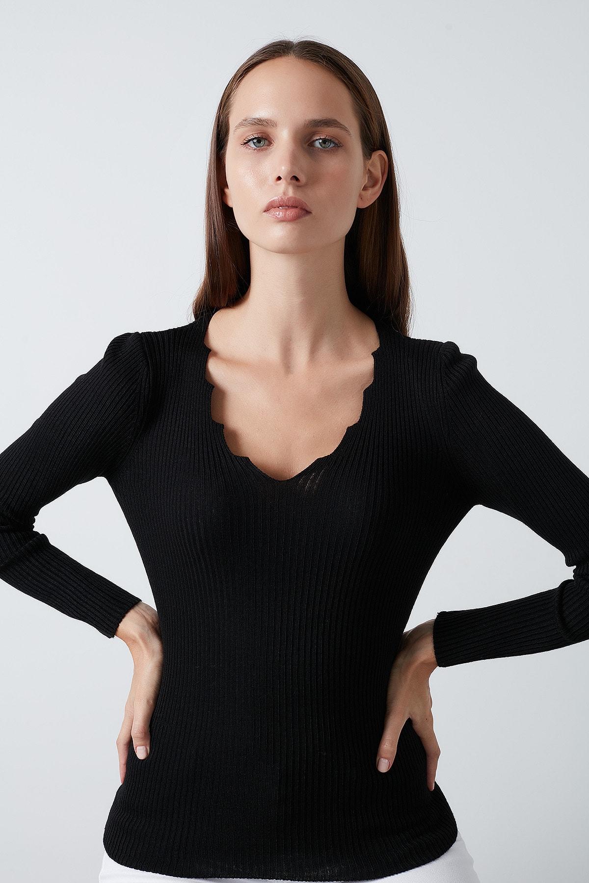 Lela Siyah V Yaka Kazak Kadın Kazak 4614760 0