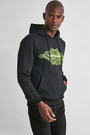 TRENDYOL MAN Siyah Erkek Baskılı Kapüşonlu Regular Sweatshirt TMNAW21SW0671 1