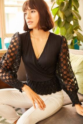 Olalook Kadın Siyah Kolu Dantel Güpür Detaylı Kruvaze Bluz BLZ-19001121 1