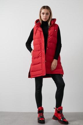 Lela Kadın Kırmızı Kapüşonlu Cepli Yanları Fermuar Detaylı Uzun Yelek 497moana 4