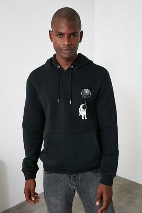 TRENDYOL MAN Siyah Erkek Kapüşonlu Regular Sırt Baskılı Sweatshirt TMNAW21SW0635 4