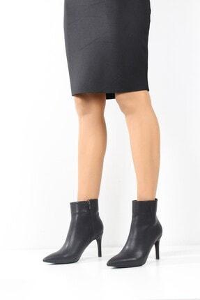 ayakPARK Kadın Siyah Ince Topuk Sivri Burun Bot Ayakkabı 1