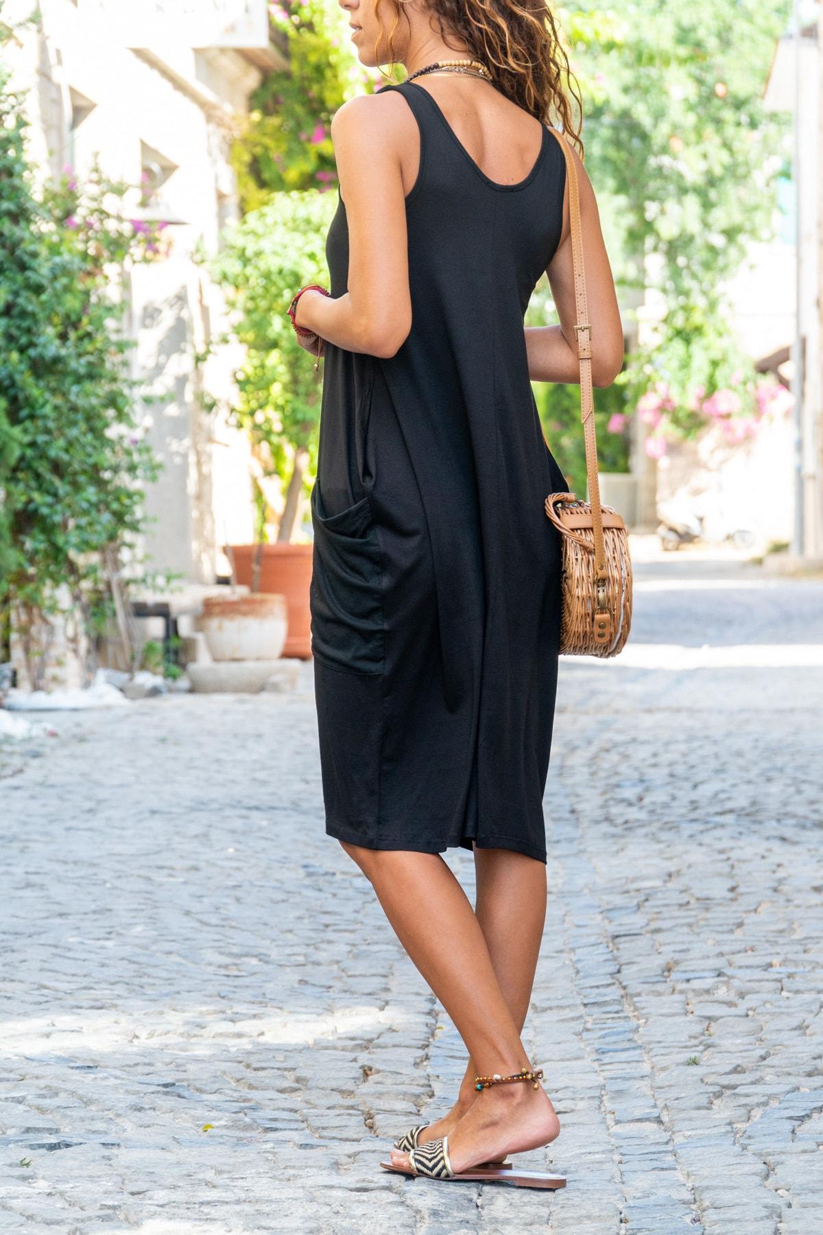 Güneşkızı Kadın Siyah Salaş Cepli Elbise GK-CCK58059 1
