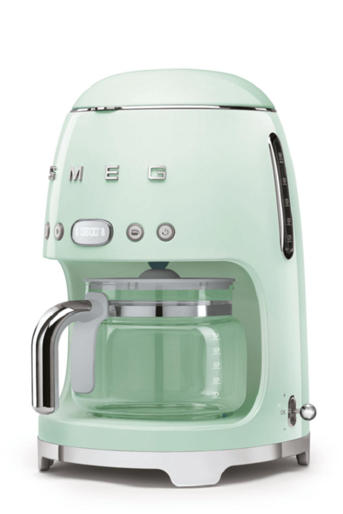 Smeg Pastel Yeşil Filtre Kahve Makinesi 1