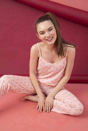 تصویر از Kadın Pembe Desenli Viskon Pijama Takım