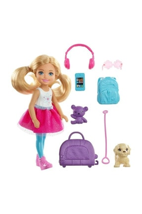 Barbie Seyahatte Chelsea ve Aksesuarları FWV20 1