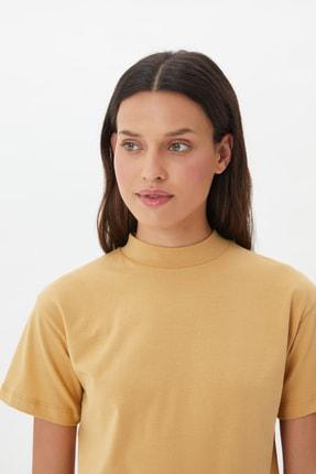 TRENDYOLMİLLA Camel Dik Yaka Örme T-Shirt TWOAW20TS0096 3
