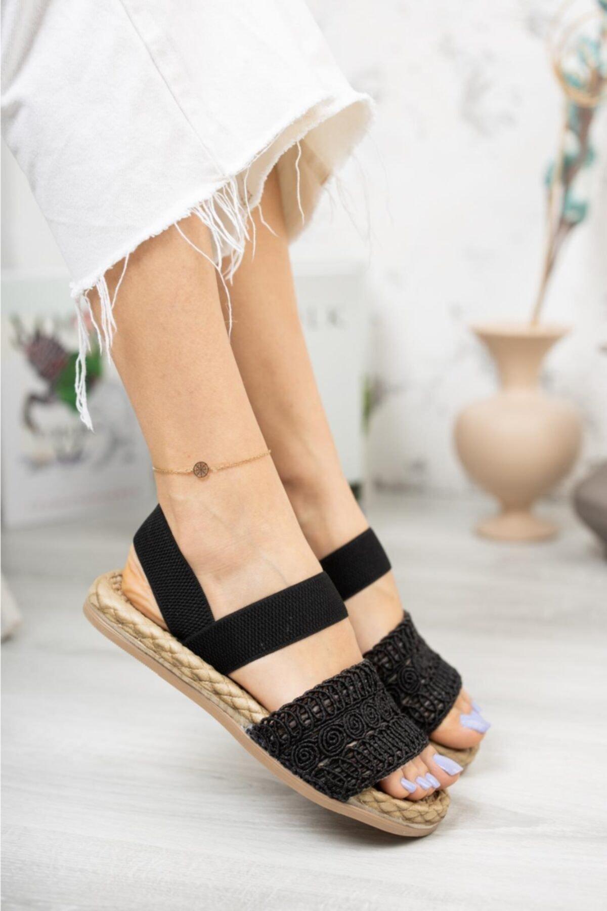 Kadın Siyah Örgü Sandalet