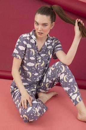 تصویر از Kadın Gri Renkli Desenli Pamuklu Düğmeli Pijama Takım
