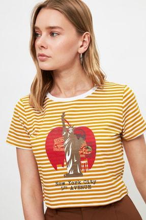 TRENDYOLMİLLA Hardal Baskılı Crop Örme T-Shirt TWOSS21TS3395 2