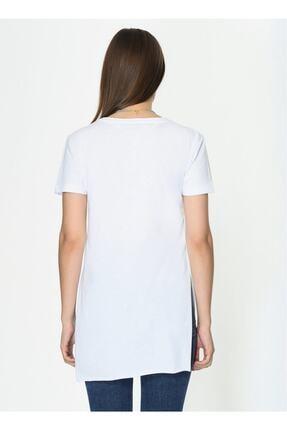 IŞILDA Kadın Beyaz Yanları Yırtmaçlı Kısa Kol Basic Tshirt 3