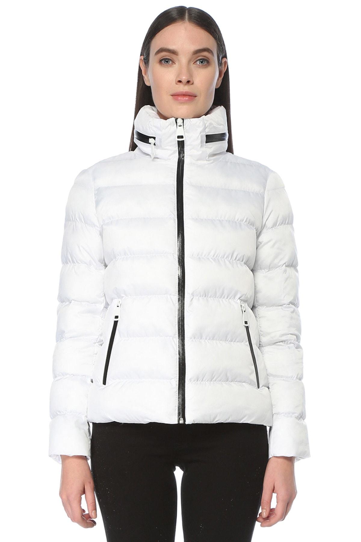 Kadın Beyaz Beyaz Dik Yakalı Mont 1076336