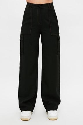 TRENDYOLMİLLA Siyah Cep Detaylı Pantolon TWOSS21PL0288 3