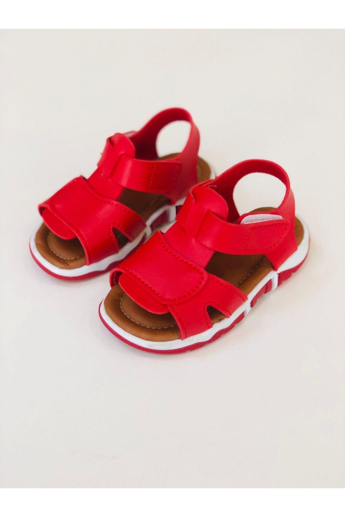 1. Kalite Çocuk Bantlı Kırmızı Sandalet