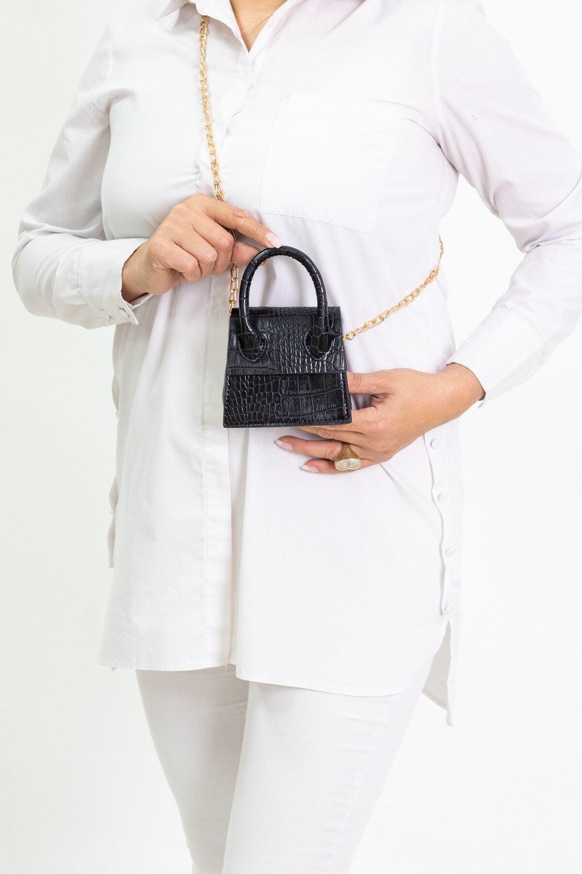 Kadın Siyah Mini Zincirli Kemerli Çanta