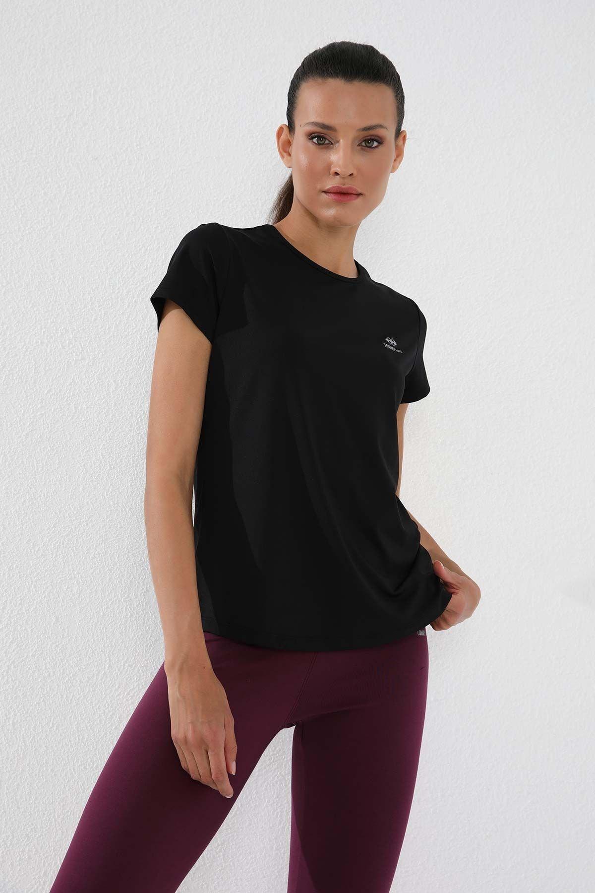 Siyah Kadın Basic Kısa Kol Standart Kalıp O Yaka T-shirt - 97144