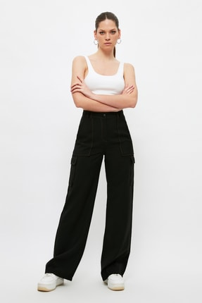 TRENDYOLMİLLA Siyah Cep Detaylı Pantolon TWOSS21PL0288 2