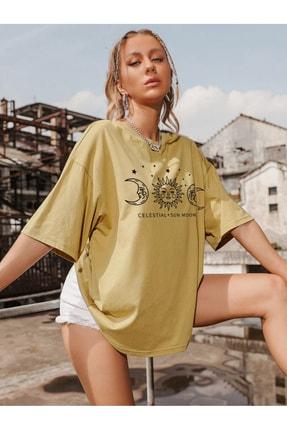 Millionaire Kadın Tütün Sarı Oversize Celestial Sun Moon Baskılı T-shirt 1