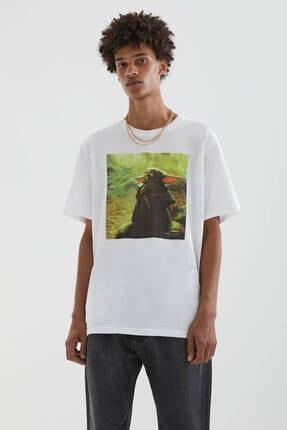 Picture of Beyaz Baby Yoda Görselli T-shirt