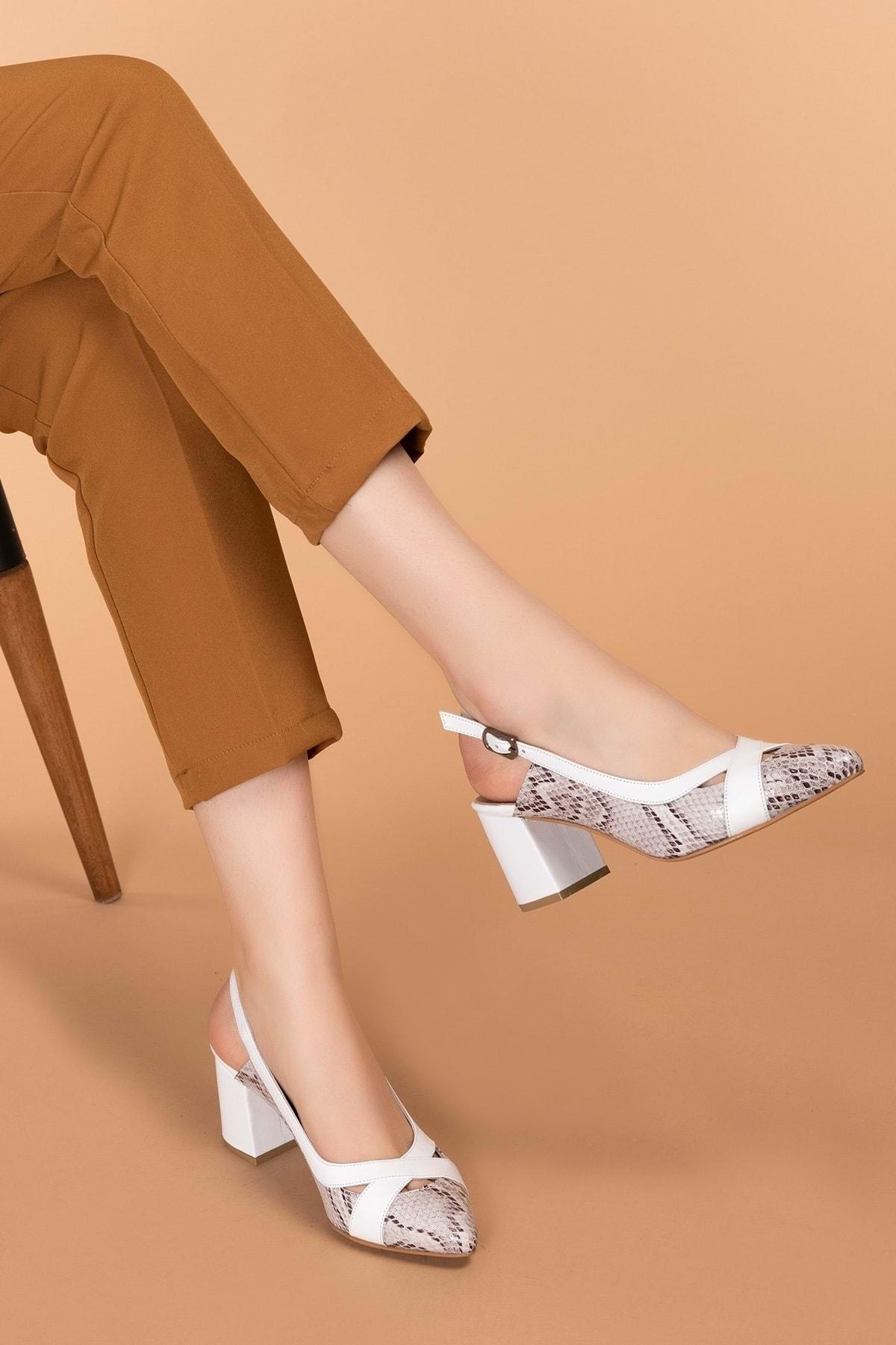 Hakiki Deri Yılan Desen Ayrıntılı Topuklu Ayakkabı Şhn.0738 Beyaz Yılan