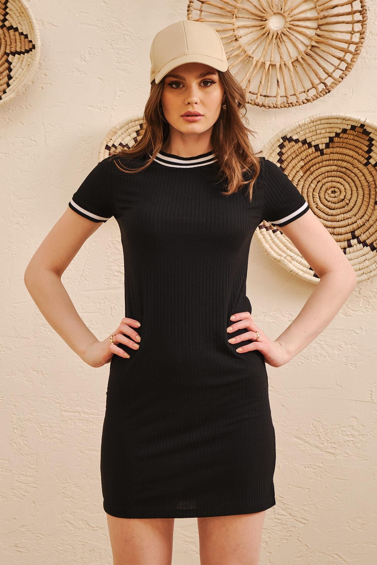 Kadın Siyah Yaka Ve Kol Şerit Detaylı Örme Elbise