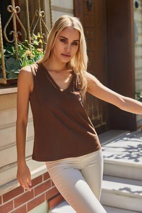 Roop Fabric Göğüs Detaylı Sıfır Kol Bluz Kahverengi 2